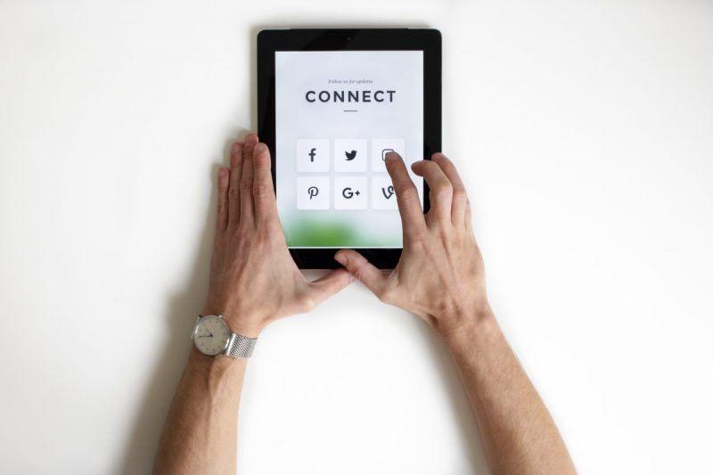 Preparing for social media on a tablet