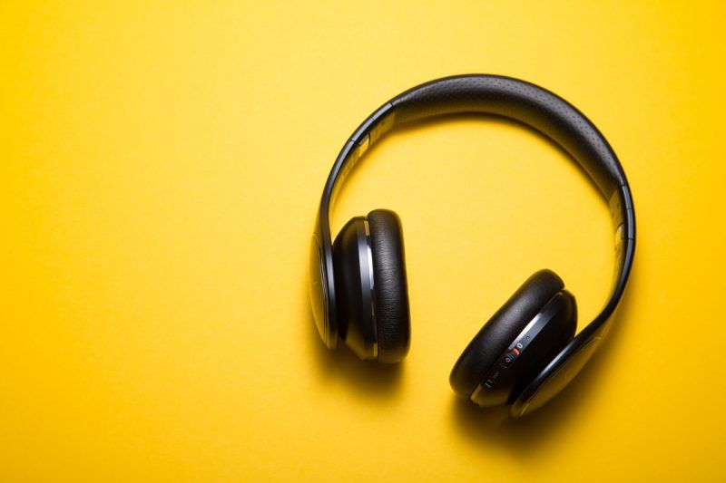 Headphones to make followers listen