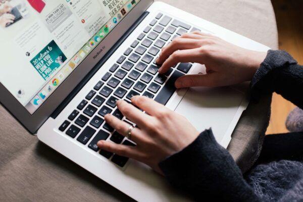 Social media selling on pinterest
